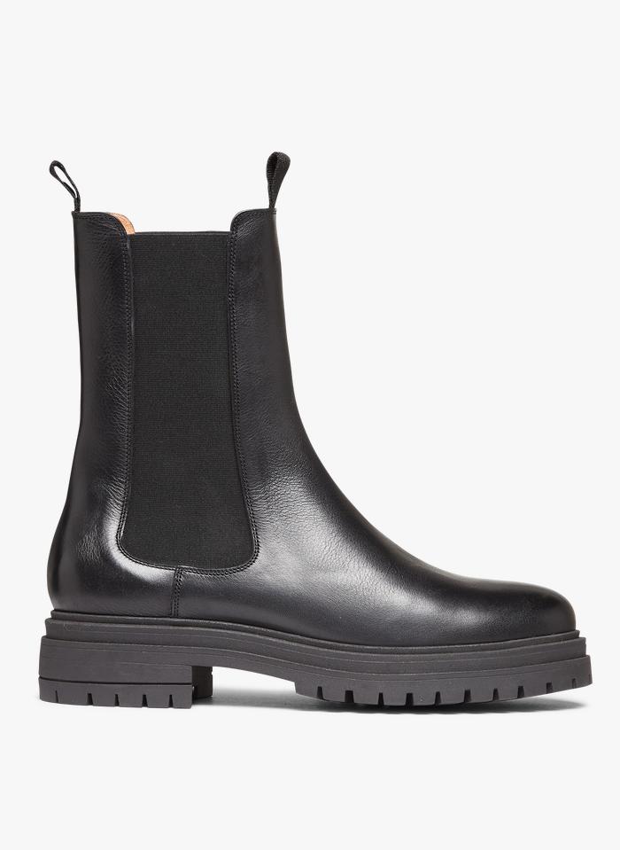 ANTHOLOGY PARIS Chelsea-Boots aus Leder mit Absatz in Schwarz