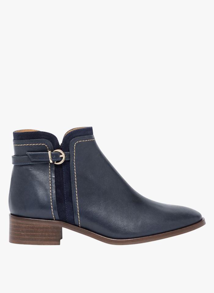 BOCAGE Stiefel aus Leder-Mix mit niedrigem Absatz in Blau