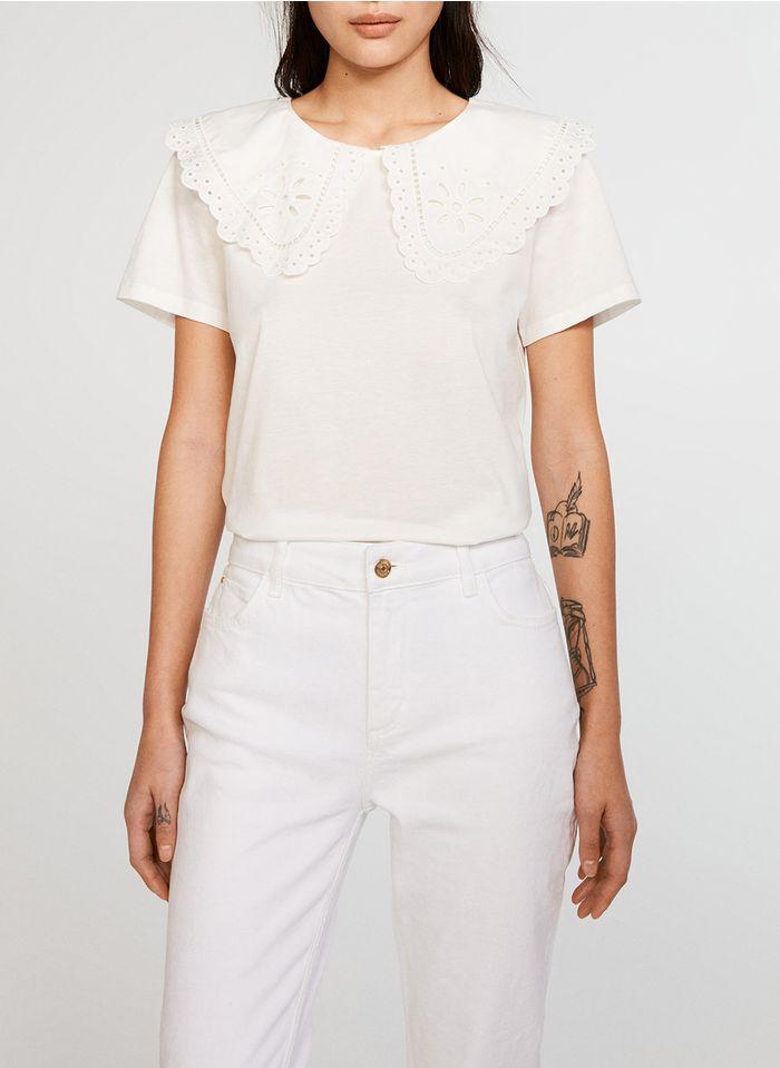 CLAUDIE PIERLOT Besticktes Baumwoll-T-Shirt mit Bubikragen in Weiß