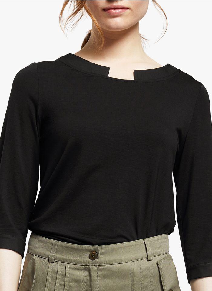 COP.COPINE T-Shirt aus Lyocell mit U-Boot-Ausschnitt in Schwarz