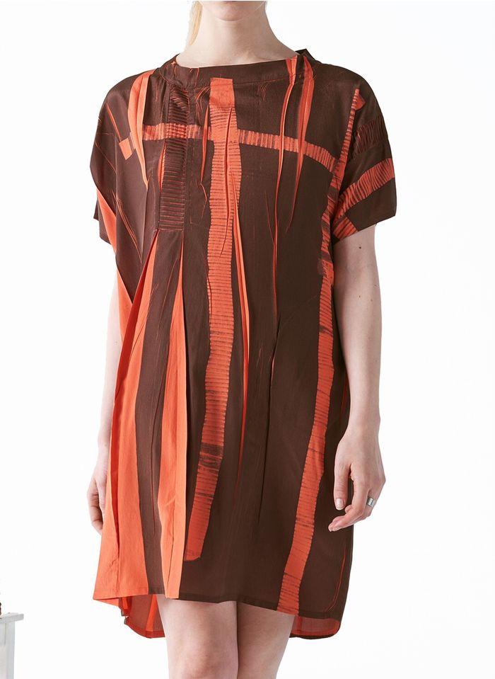 COTELAC Kleid mit Rundhalsausschnitt und Print in Braun