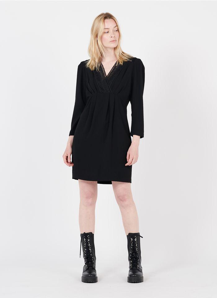 SUNCOO Kurzkleid mit V-Ausschnitt und Spitze in Schwarz