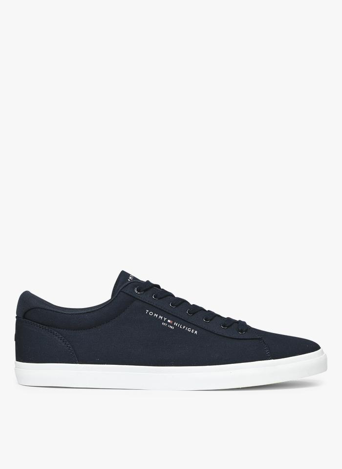 TOMMY HILFIGER Niedrige Baumwoll-Sneaker in Blau