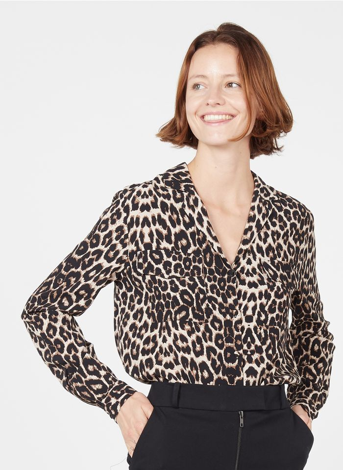 ZAPA Bluse aus Crêpe mit Reverskragen und Leoparden-Print in Beige