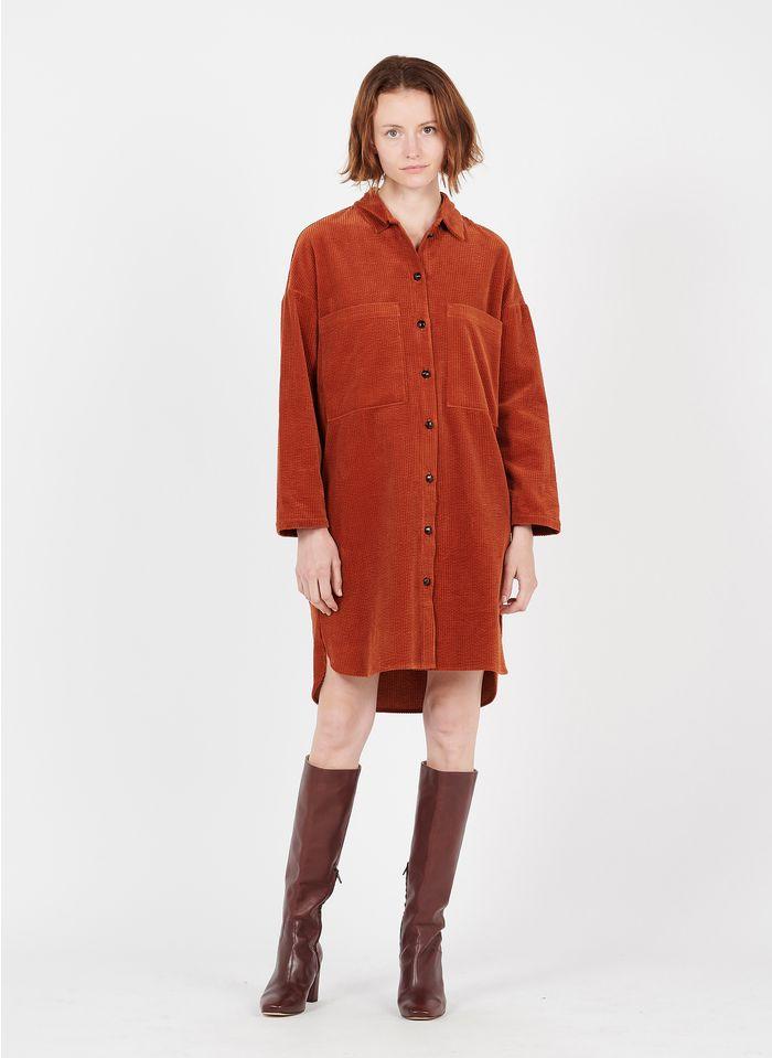 DES PETITS HAUTS Vestido corto de pana con cuello clásico en naranja