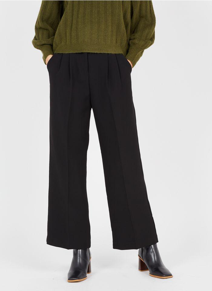 GRACE ET MILA Pantalón ancho con pinzas en negro