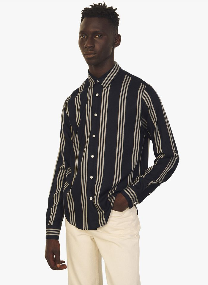 SANDRO Camisa slim fit a rayas con cuello clásico en azul