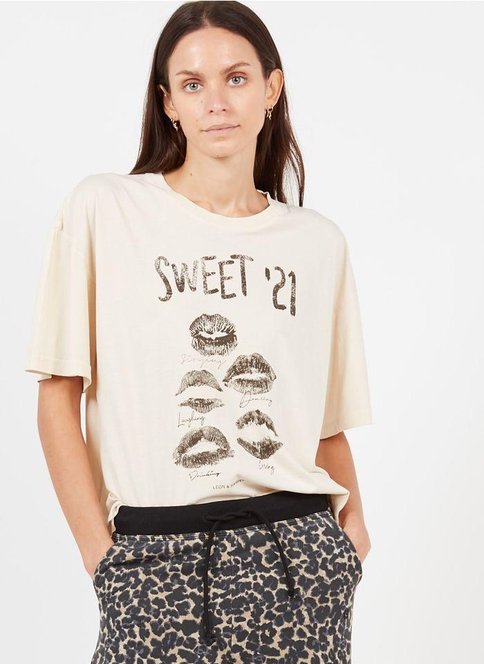 LEON & HARPER Tee-shirt col rond sérigraphié en coton organique  Beige