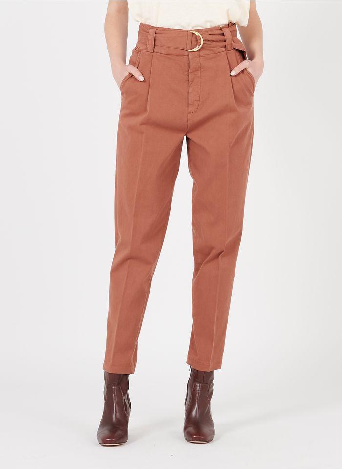 REIKO Pantalon carotte ceinturé en coton bio Orange