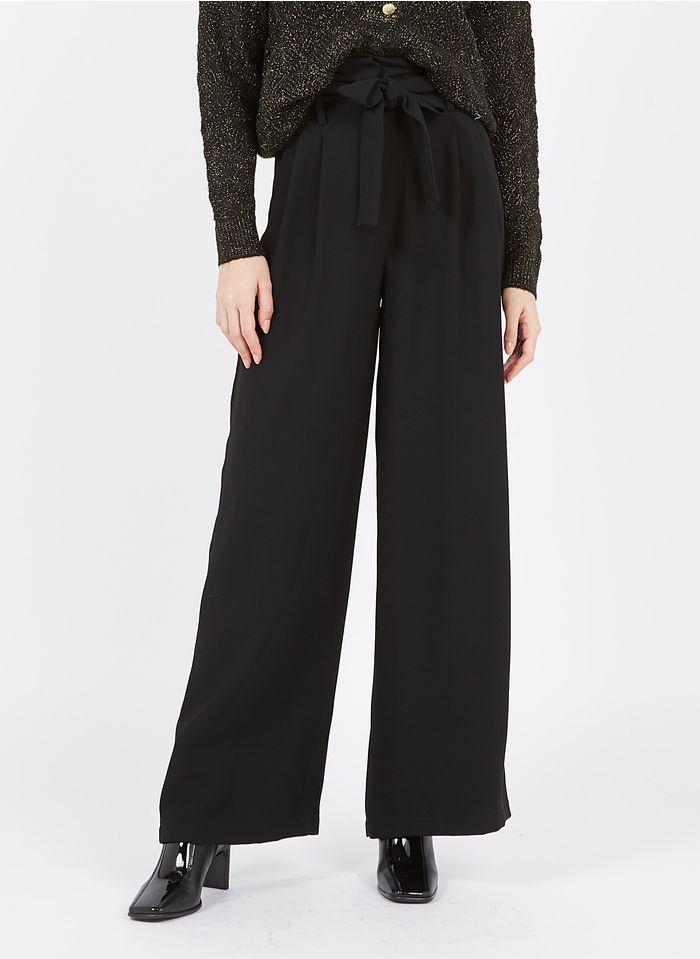 TARA JARMON Pantalon large taille haute en crêpe Noir