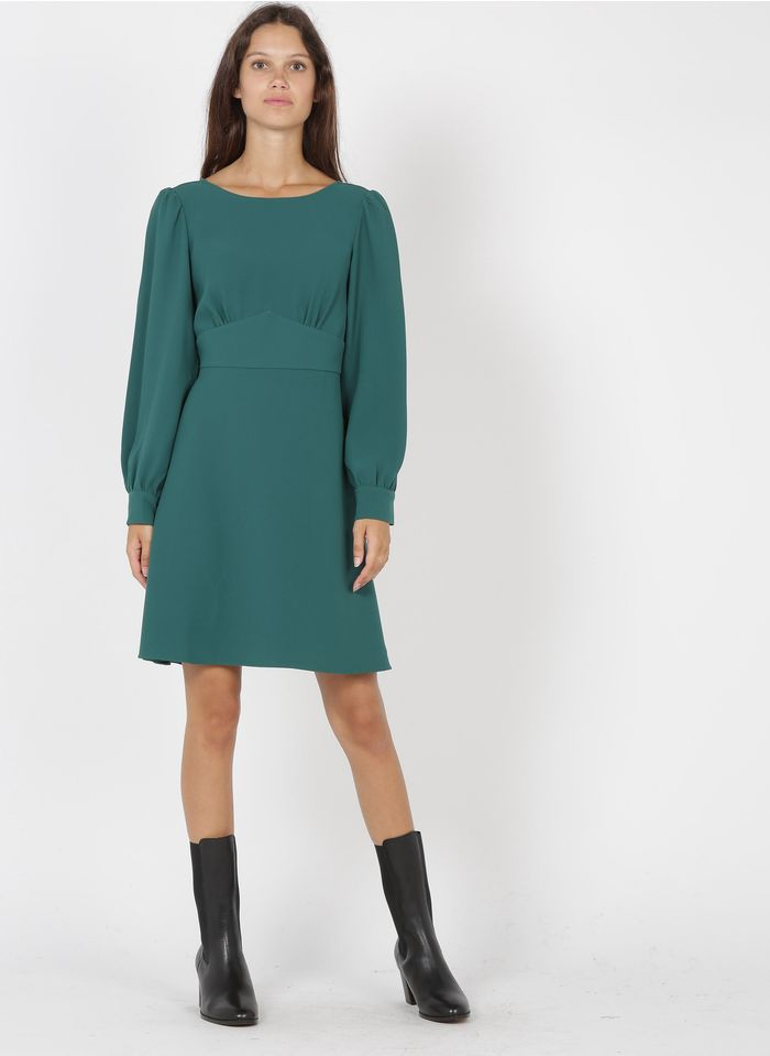TARA JARMON Robe courte avec découpe poitrine en crêpe   Vert
