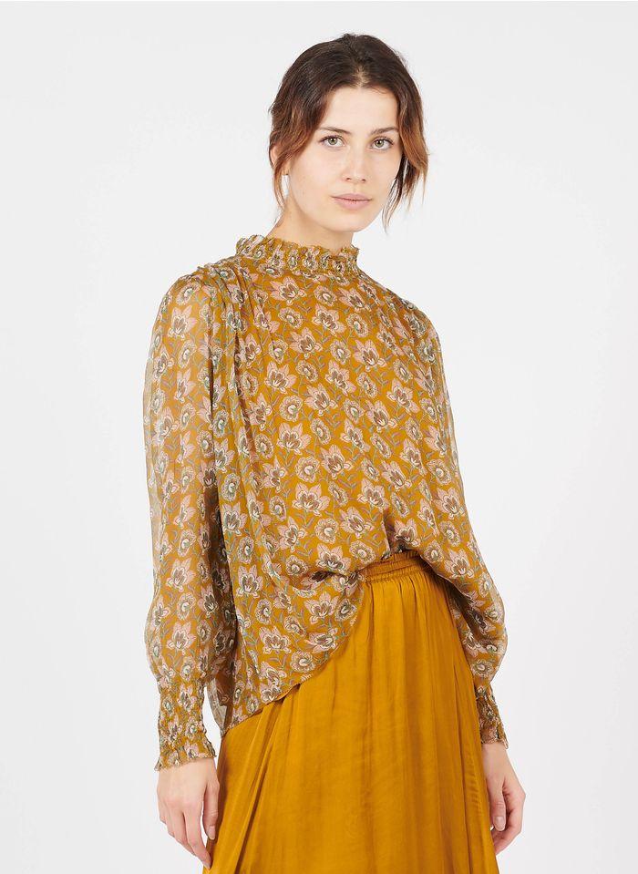 LOUISE MISHA Top van zijden voile met opstaande kraag, smokwerk en print Geel